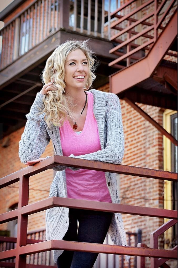 Bella Sotlar - Talent Unlimited | Kansas City Full Service